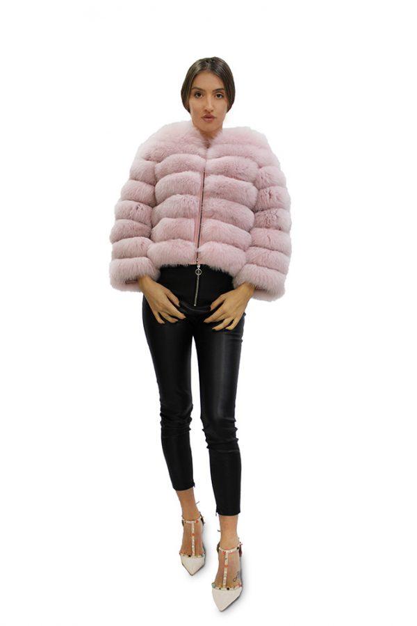 Късо дамско палто от естествен косъм от лисица с дълги ръкави в цвят пудра
