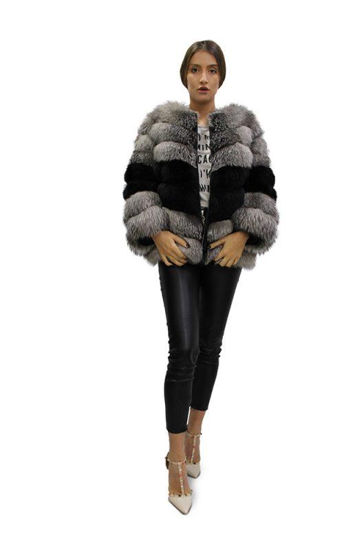 Късо дамско палто с дълги ръкави от естествен косъм от сребърна лисица в комбинация от два цвята
