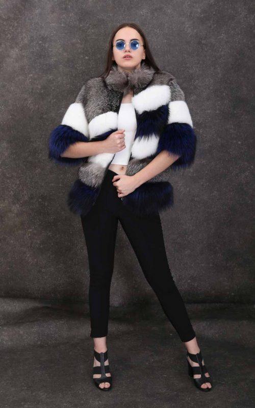 Стилно палто от естествен косъм от сребърна и арктична лисица с ¾ ръкави и висока яка